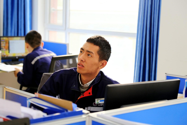 课后与学生沟通_因材施教_王瑞栋