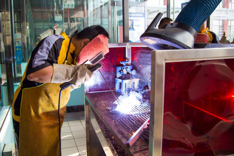 汽修专业_焊接技术高级班