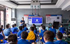 广州连顺公司总经理来校开展变速箱知识讲座